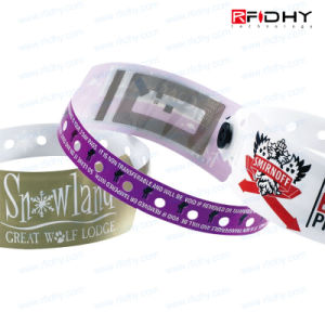Hitag 1 Convenient Single-Use PVC RFID Wristband Tag for Concerts pictures & photos