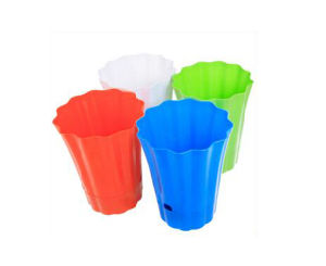 Best Sale Heap Plastic Flower Pots Wholesale pictures & photos
