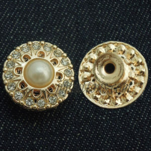Fashion Gold Fashion Metal Button with Pearl pictures & photos