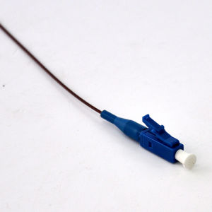 LC/Upc 0.9mm 9/125 Singlemode Optical Fiber Pigtails pictures & photos