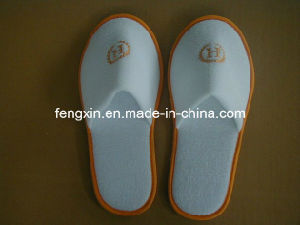 High Quality Washable Velour Disposable Slipper pictures & photos