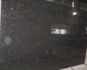 China Popular Polished Black Galaxy Granite Slab on Sales pictures & photos