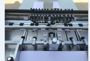 Automatic Sticker Kiss Cutting Machine Hs660 pictures & photos