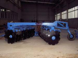 Semi Mounted Disc Harrow for Sale pictures & photos