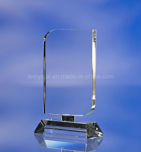 Professional OEM Custom Engraved Crystal Trophy and Award, Fashionable Crystal Trophy Souvenir pictures & photos
