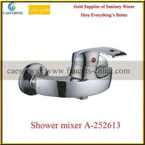 Chrome Sanitary Ware Bathroom Shower Faucets pictures & photos
