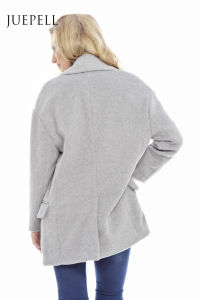 Plain Collar Button Front Oversize Winter Women Coat pictures & photos
