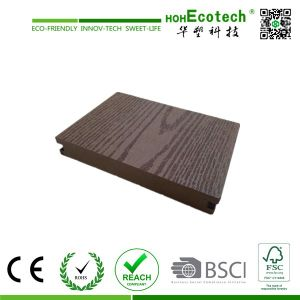 Wood Grain Surface WPC Floor Decking pictures & photos