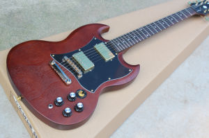 Hanhai Music/Sg Style Electric Guitar with Dark Red Matte Body pictures & photos