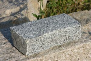 China Grey Granite Cube Stone for Paving pictures & photos