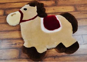 Cute Animal Pony Shape Soft Sheepskin Baby Crawl Play Mat pictures & photos
