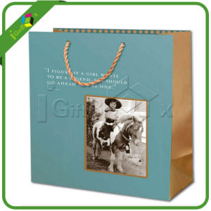 Custom Printed Paper Carrier Bag for Shopping pictures & photos