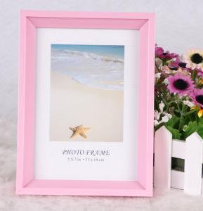 Plastic Photo Frame (PB-47) pictures & photos