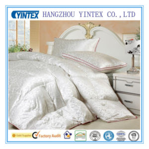 Goose/Duck Down Duvet for Hotel pictures & photos