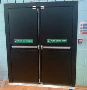 Lower Price UL Certified Steel Fire Door with Superior Quality pictures & photos