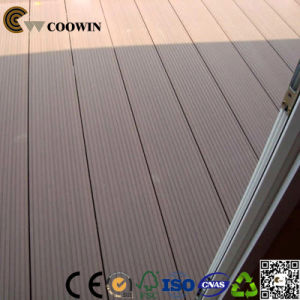 Recyclable Material Made of Solid Anti-UV Seaside Flooring pictures & photos