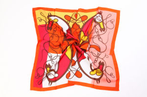 Woman′s Fashion Custom Design Silk Scarf