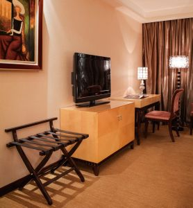 Hot Sale Economy Room Hotel Furniture pictures & photos