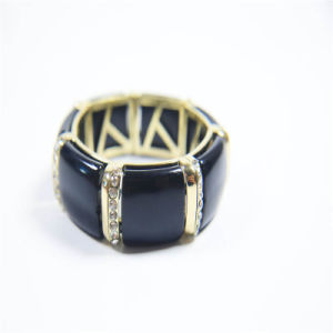 New Design Black Resin Fashion Necklace Bracelet Earring Jewellery Set pictures & photos