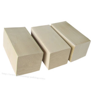 150mm Industrial Exhaust Gas Purification Cordierite Honeycomb Ceramic Substrate Carrier pictures & photos