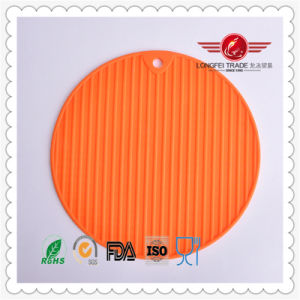 Whosale Silicone Anti Slip Mat pictures & photos