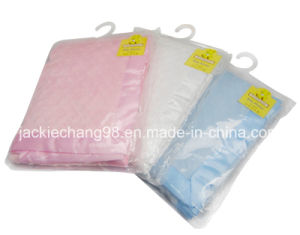 Solid Color Bubble Embossed Micro Mink Baby Blanket pictures & photos
