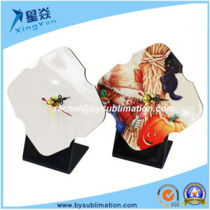 Fashion Style MDF Clock with Pointer for Sublimation pictures & photos