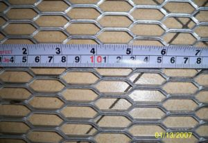 Low Carbon Galvanized Hexagonal Expanded Metal Mesh Panel Plate Sheet pictures & photos
