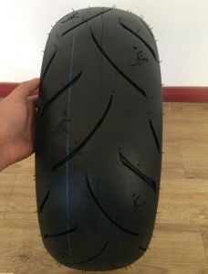 Motorcycle Tyre with 180/55-17 190/50-17 120/70-17 120/80-17 130/70-16 Tubelss pictures & photos