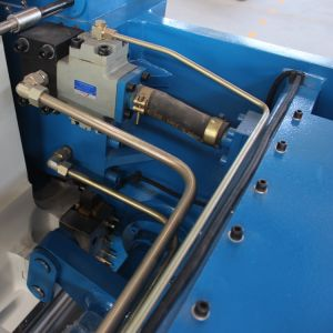 Hydraulic Press Brake Machine, CNC Hydraulic Press Brake pictures & photos