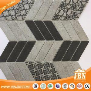 Herringbone Bathroom Wall Tile Glass Mosaic (V637004) pictures & photos