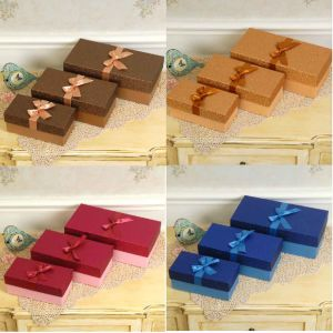 Different Color Glitter Special Paper Gift Boxes with Ribbon pictures & photos