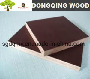 Waterproof Construction Plywood/Marine Plywood with 18mm Poplar Core pictures & photos