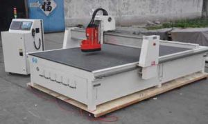 CNC Machine for Woodworking with Linear Auto Tool Changer-Xe1325 pictures & photos