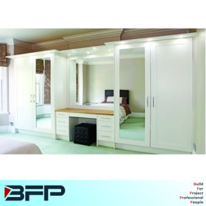 Wardrobe with Drawers and Mirror Home Furniture pictures & photos
