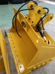 High Quality Hydraulic Tilting Mud Bucket / Excavator Tilt Bucket pictures & photos