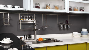 Customized Design UV Kitchen Cabinet (ZX-008) pictures & photos