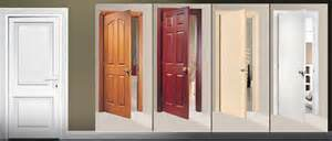 Good Quality Solid Wooden Fire Door with Bm Trada pictures & photos