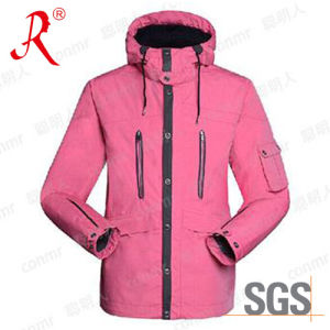 Waterproof and Breathable Ski Jacket (QF-6092) pictures & photos