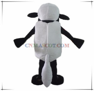Funny Lovely Shaun The Sheep Mascot Costume Cartoon Character pictures & photos