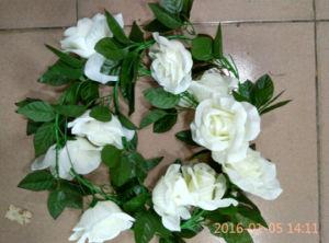 Wedding Decoration Silk Flower Artificial Garland pictures & photos