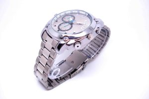 Mini Camera Watch 1080p Waterproof Micro 4LED for Night Vision Video Surveillance 16GB (QT-IR005) pictures & photos