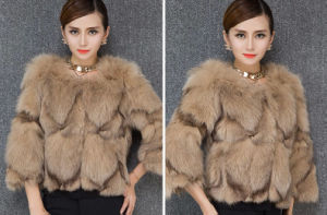 Women′s Winter Warm Fox Fur Coat with Three Quarter Sleeve pictures & photos