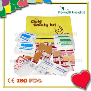 Child First Aid Kit (PH024) pictures & photos