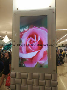P16 Commercial LED Advertising Displays for Curved Design pictures & photos