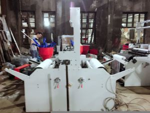Rotary Die Head Double Winder Film Blowing Machine (SJ-65) pictures & photos