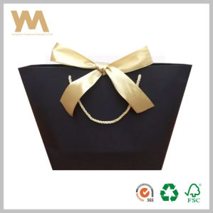 Black Handle Gift Packaging Bag with Ribbon pictures & photos