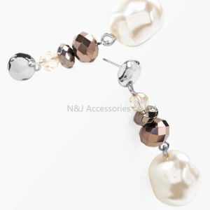 Fashion Jewelry White Pearl & Crystal 2017 New Statement Silver Plated Drop Earrings for Women pictures & photos
