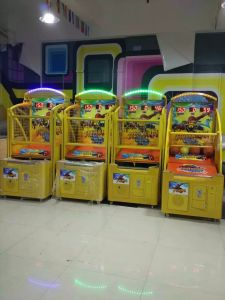 Indoor Playground Luxury Electronic Arcade Coin Operated Basketball Game Machine pictures & photos