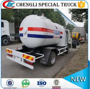 off-Road Right Hand Drive LPG Dispenser Refuelling Tanker Truck pictures & photos